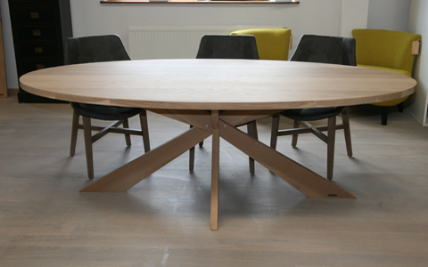 Houten tafels van eiken designtafels 2plank for Design tafel ovaal